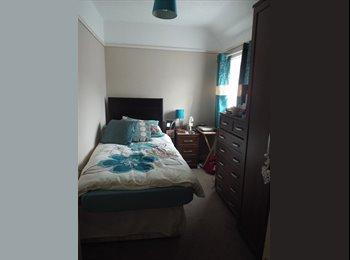EasyRoommate UK - Single room in private house - Canterbury, Canterbury - £285