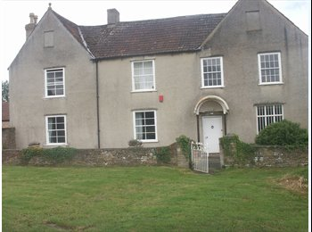 EasyRoommate UK - Country Manor House - Latteridge, Bristol - £400
