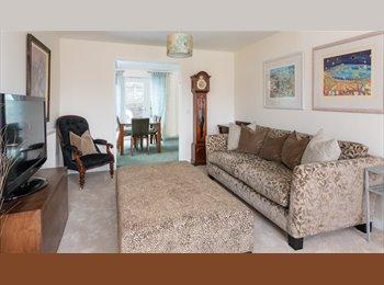 EasyRoommate UK - Luxury En-suite Nr Marina. All Bills & Cleaner Inc - Newhaven, Lewes - £540