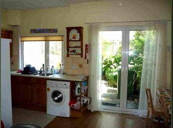 EasyRoommate UK - Student Rooms - Stonehouse, Plymouth - £351