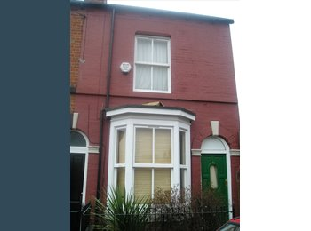 EasyRoommate UK - ROOMS AVAILABLE ALL BILLS INCLUDED £80 PER WK - Highfield, Sheffield - £347