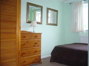 EasyRoommate UK - Double Room to Rent Newtown Tewkesbury - Tewkesbury, Tewkesbury - £412