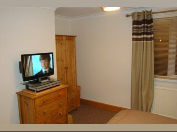 EasyRoommate UK -  Newly Decorated Double Room (Lodge Park) - Corby, East Northamptonshire and Corby - £390