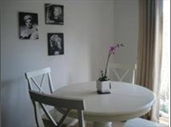 EasyRoommate UK - Double room for rent in house - Perton, Wolverhampton - £399