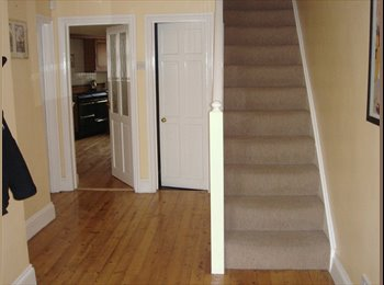 EasyRoommate UK - Fab House in Fab Location! - Plymouth, Plymouth - £325