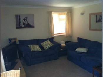 EasyRoommate UK - Large Double Bedroom to rent in Flat Share - Charminster, Bournemouth - £500