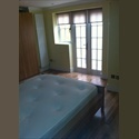EasyRoommate UK double bedroom ensuite in fulham sw6 - Fulham, West London, London - £ 700 per Month - Image 1