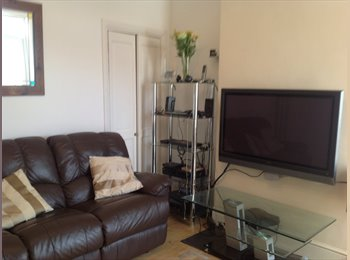 EasyRoommate UK - Double Room to Rent - Belvedere, London - £450