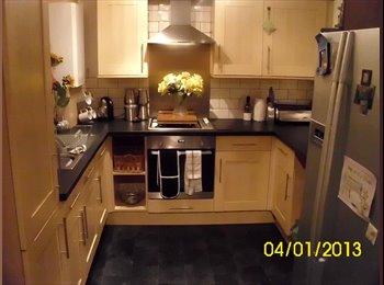 EasyRoommate UK - 2 Fantastic Furnished Rooms for Rent ! - Arnold, Nottingham - £360