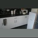 EasyRoommate UK 3 bed rooms in very nice, clean & tidy house - Smethwick, Birmingham - £ 200 per Month - Image 1