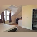 EasyRoommate UK Newly refurbished studio flat available now. - South Hinksey, Oxford - £ 900 per Month - Image 1