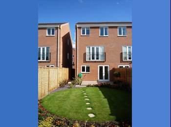 EasyRoommate UK - ***An excellent room to let*** - Horninglow, Burton-on-Trent - £303