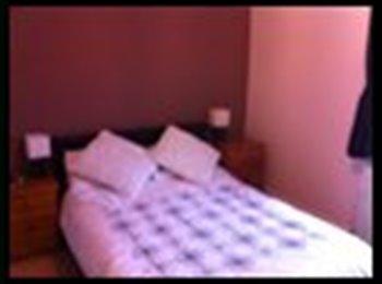 EasyRoommate UK - Double Furnished Room - Penistone, Sheffield - £350