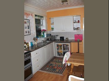 EasyRoommate UK - Room to rent is sunny house with big garden - Leachkin, Inverness - £450