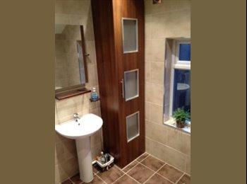 EasyRoommate UK - Room mate needed in stunning house-MUST SEE! :) - Wilmorton, Derby - £325