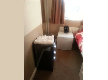 EasyRoommate UK - Single Room Only available - Langney, Eastbourne - £360