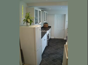 EasyRoommate UK - Room for rent in Victorian house in Teignmouth - Teignmouth, Teignmouth - £350