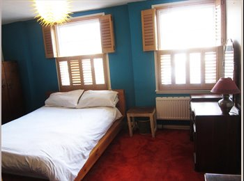 EasyRoommate UK - Huge Double Room in Furnished House + Garden - Archway, London - £680