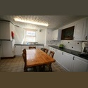 EasyRoommate UK Large student house in Hyde Park - Hyde Park, Leeds - £ 364 per Month - Image 1