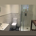 EasyRoommate UK Hosting family / individuals / in a Large House - Clifton, Bristol - £ 350 per Month - Image 1