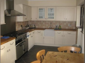EasyRoommate UK - Room to Let in Refurbished  House in  Bexley - All bills included - Bexley, London - £500