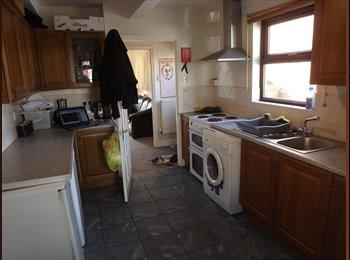 EasyRoommate UK - House share. - Market Harborough, Harborough and Wigston - £430