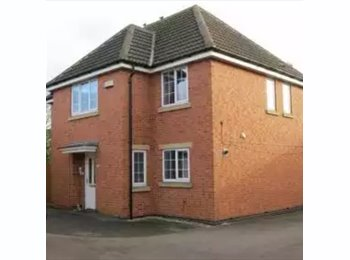 EasyRoommate UK - 2 Double Rooms to Rent - Arnold, Nottingham - £300