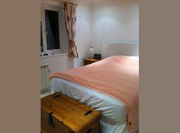 EasyRoommate UK - Ms - Horsham, Horsham - £400