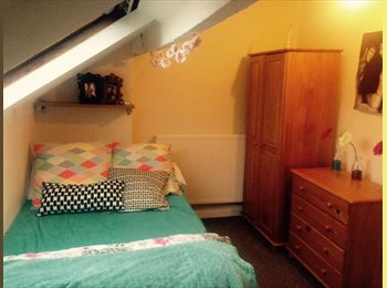 EasyRoommate UK - Room to rent- move in ASAP!! - Crookes, Sheffield - £282
