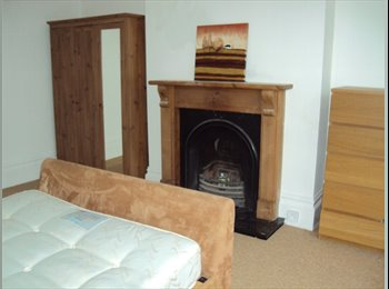 EasyRoommate UK - Large character house - Eastbourne, Eastbourne - £550
