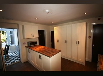 EasyRoommate UK - Ensuite Double Room available for just £105pw!! - Lincoln, Lincoln - £455
