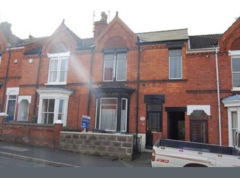 EasyRoommate UK - Very Large Room in Centre, Furnished w/ Bills - Lincoln, Lincoln - £412