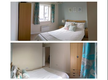 EasyRoommate UK - Double bedroom with own bathroom available - Trispen, Truro - £380