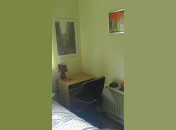 EasyRoommate UK - double room to let - Cambuslang, Glasgow - £325