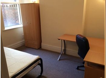 EasyRoommate UK - Student Room to let Canton - Canton, Cardiff - £300