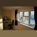 EasyRoommate UK Double Room to rent in spacious flat - Elephant and Castle, South London, London - £ 813 per Month - Image 1