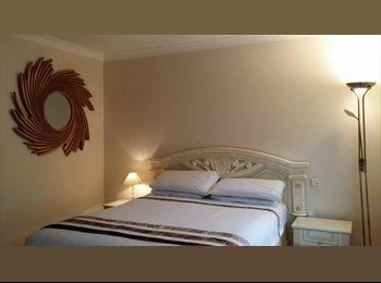 EasyRoommate UK - Luxury En Suite Room, Private Gym & Parking - Enfield, London - £850
