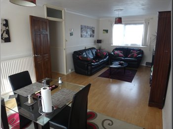 EasyRoommate UK - Double room available - Barking, London - £750