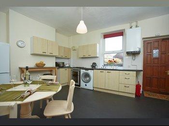 EasyRoommate UK - Fabulous rooms in beautiful refurbished house, S10 - Crookes, Sheffield - £400