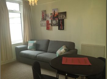 EasyRoommate UK - 4 bedroom house share available student / young professional - Lincoln, Lincoln - £400