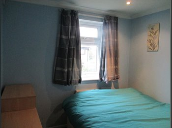 EasyRoommate UK - Friendly housemate required - Yaxley, Peterborough - £330