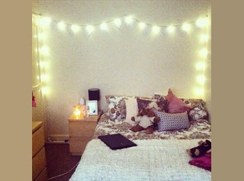 EasyRoommate UK - Student House Share - Available Immediately - FIRST MONTHS RENT PAID - Haxby, York - £350