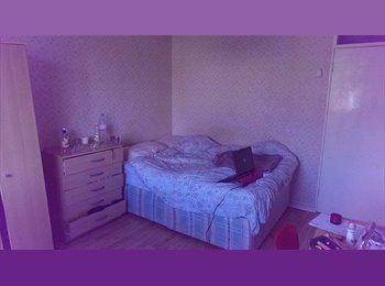 EasyRoommate UK - AMAZING BIG Double Bedroom - Whitechapel - Whitechapel, London - £630