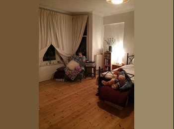 EasyRoommate UK - Very Spacious Double with Bay Window - Charminster, Bournemouth - £340