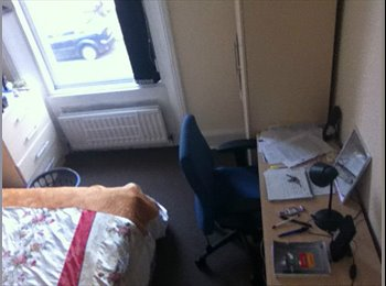 EasyRoommate UK - budget room in a nice house, Newcastyle upon tyne - Fenham, Newcastle upon Tyne - £167