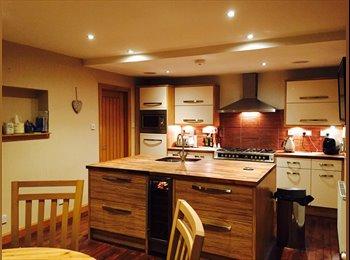EasyRoommate UK - Luxury Simi-Decatched House in quiet neighbourhood - East Kilbride, Glasgow - £400