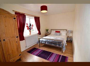 EasyRoommate UK - Fab, Modern, newly renovated house, Kirk sandall - Kirk Sandall, Doncaster - £345