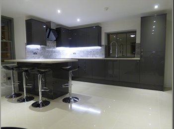 EasyRoommate UK - Stunning 6 En-suite Bed City Centre Flat - Lancaster, Lancaster - £498