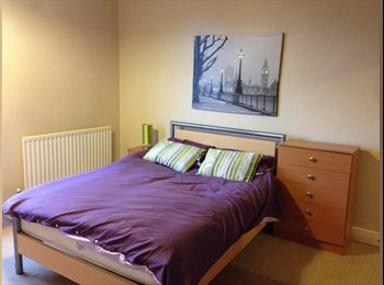 EasyRoommate UK - 5 Double Rooms in a House Share - Lincoln, Lincoln - £368