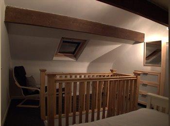 EasyRoommate UK - Newly furnished double bedroom - Hawksworth, Leeds - £350